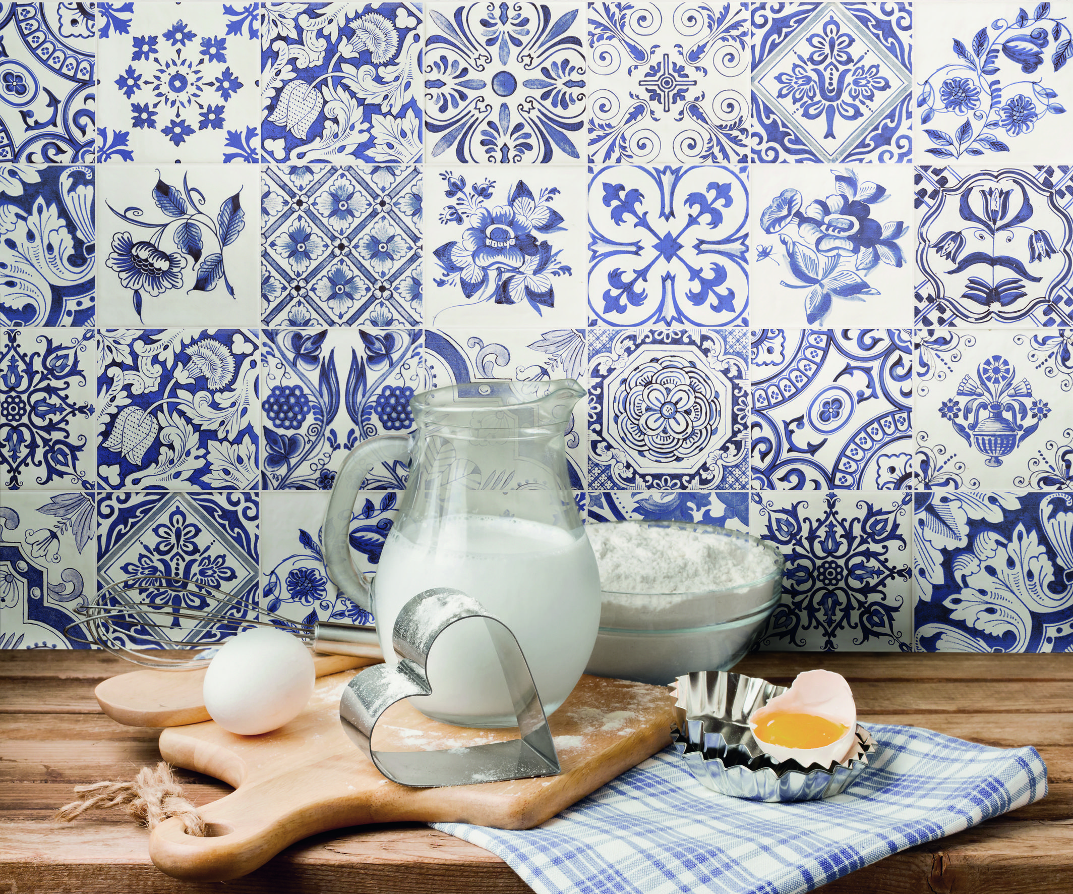 good blue and white kitchen tiles on kitchen with 7 simply