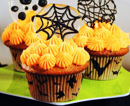 Pin by Jacqueline Sanchez on Fall Goodies and Halloween Fun - halloween party treats ideas