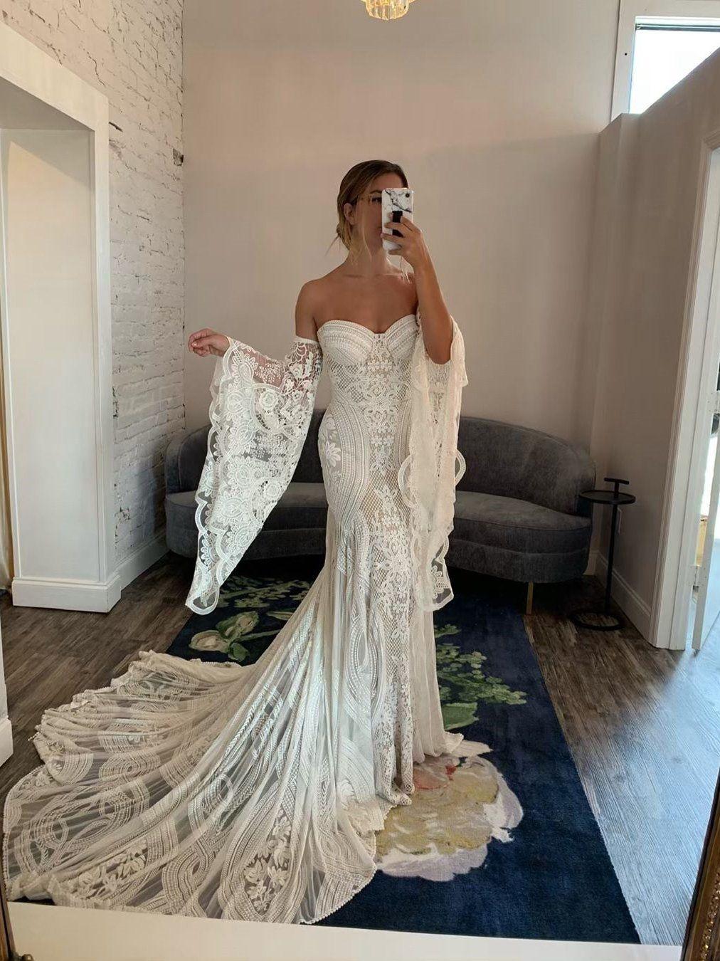 Chic Mermaid Boho Lace Court Train Rustic Wedding Dress Sew057 Lavender Bridesmaid Dresses Wedding Guest Dress Summer Rustic Wedding Dresses [ 1350 x 1012 Pixel ]