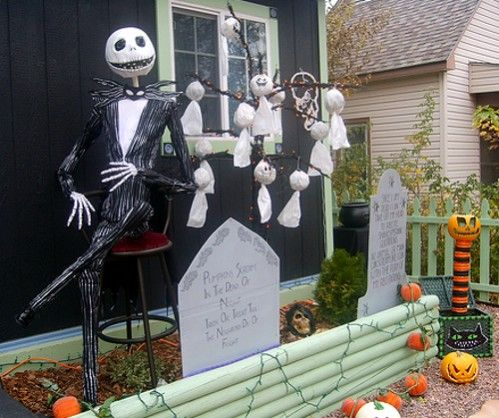 creative halloween ideas for outdoor spaces jack skellington friends - Halloween Outside Decoration Ideas