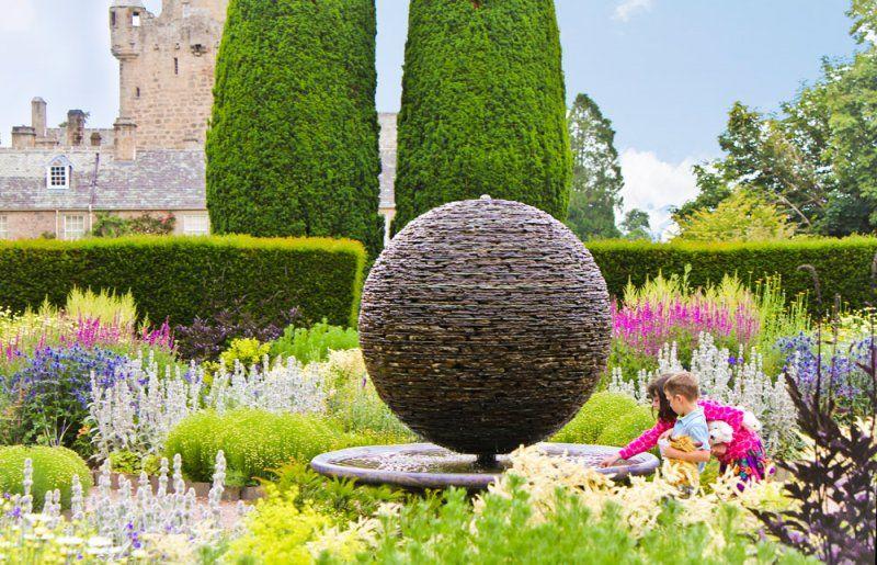 garden ideas beautiful slate sculpture - Slate Castle Ideas