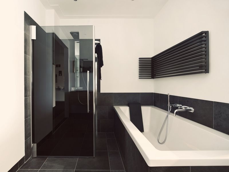 Badkamer Barneveld / badkamershowroom De Eerste Kamer | Searching