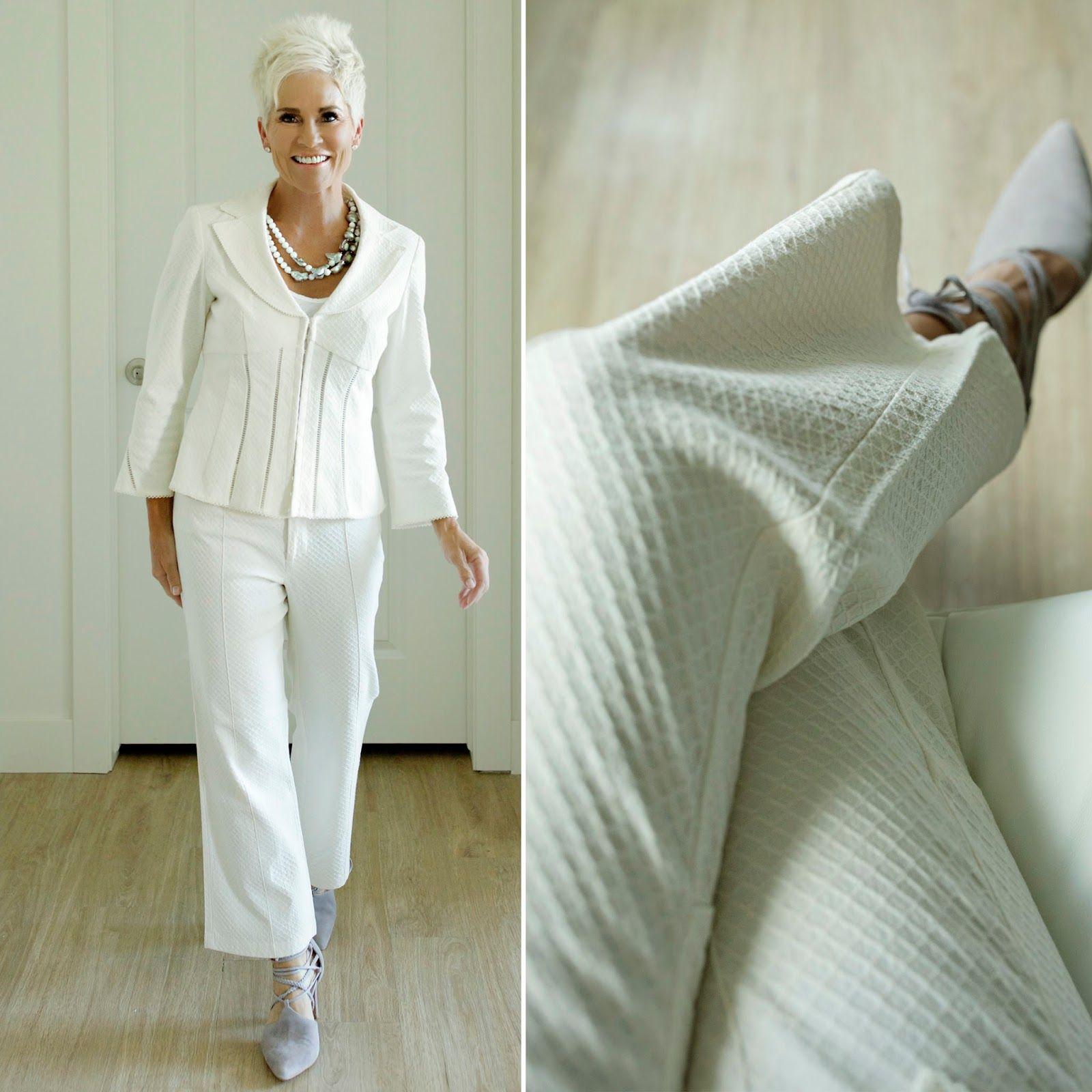 chic over 50 fashion over fifty pinterest ber 50. Black Bedroom Furniture Sets. Home Design Ideas