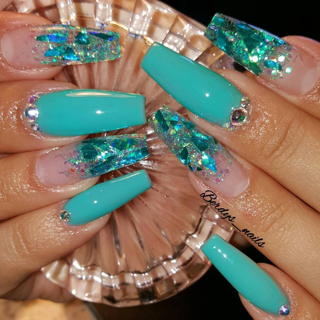 Tiffany Blue Her Request Love Her And Her Long Glitter Nails Nails2inspire Youngnailsinc Youngnails Turquoise Nails Teal Acrylic Nails Teal Nails