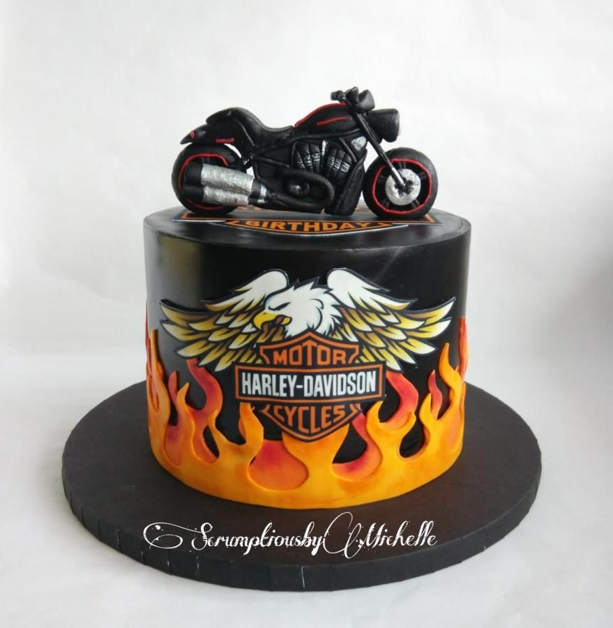 Harley Davidson Themed Cake With The Night Rod Topper Handmade Out Of Fondant The Night Rod Is Based On A Harley Davidson Cake Motorbike Cake Motorcycle Cake
