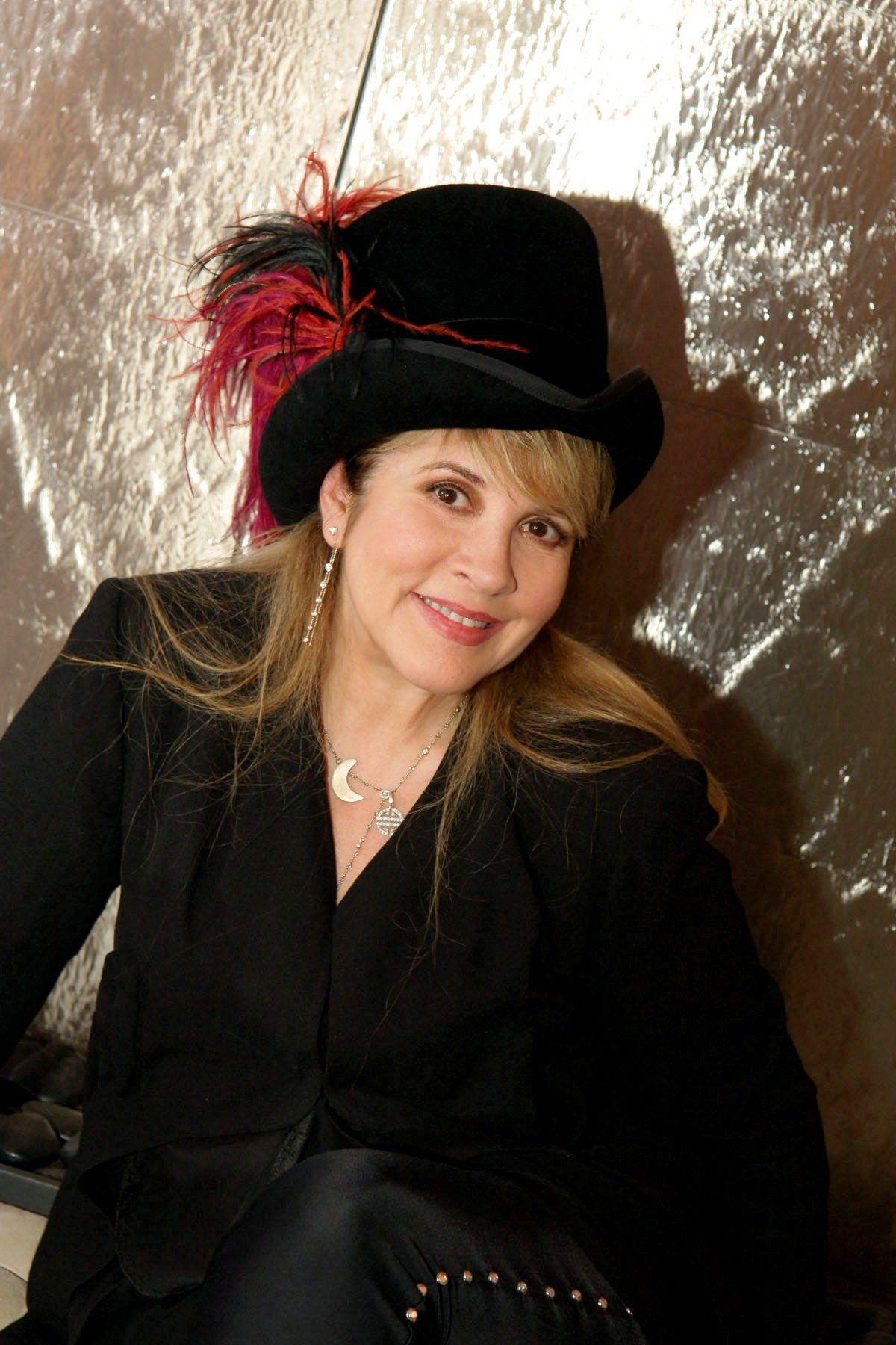 In Your Dreams Stevie Nicks Fleetwood Mac Stevie Nicks Stevie Dress [ 1800 x 1200 Pixel ]