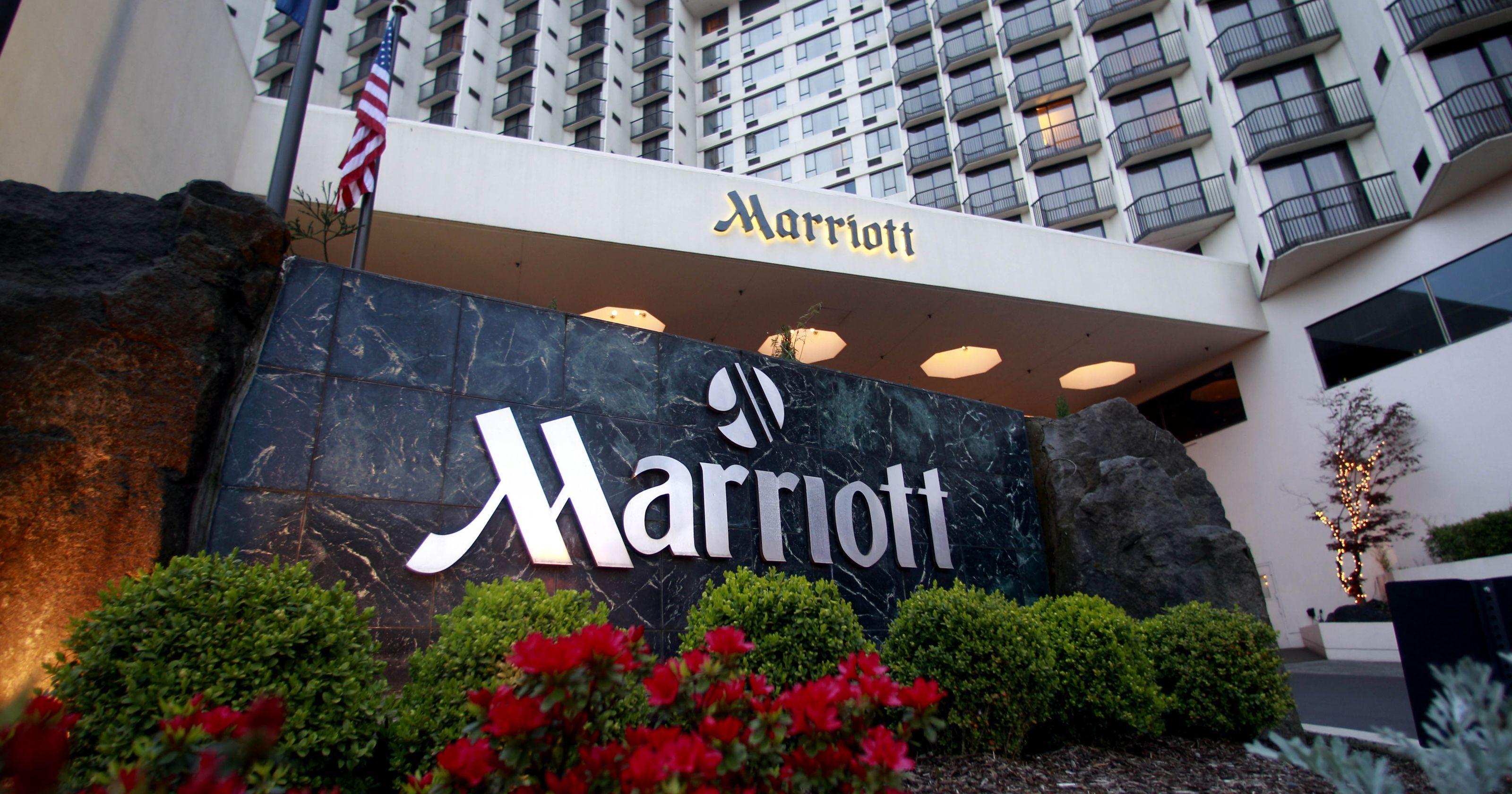 Marriott Adds Perks To Its Rewards Program Starwood Hotels Marriott Hotels Marriott