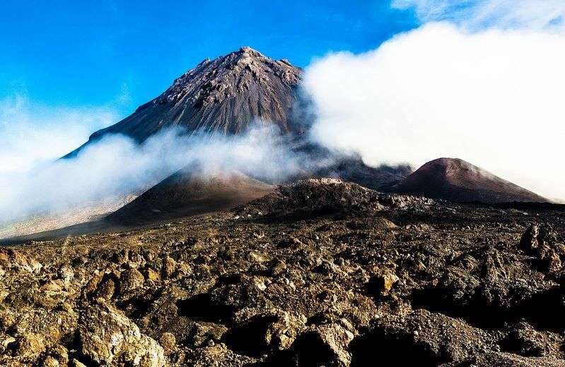 Cabo Verde - Island of Fogo #Volcano      Credit: Galvanol