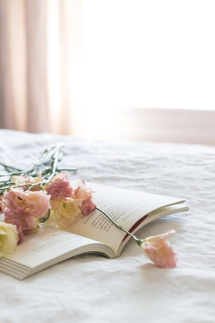 8 Ways to Turn Your Bedroom Into a Floral Oasis