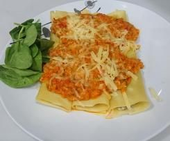 Turkey and Ricotta Cannelloni with vegetable sauce ...