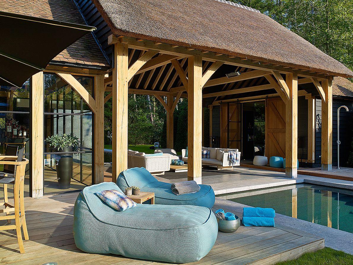 pingl par samuel gautier sur abris de jardin pinterest terrasse couverte couvert et terrasse. Black Bedroom Furniture Sets. Home Design Ideas