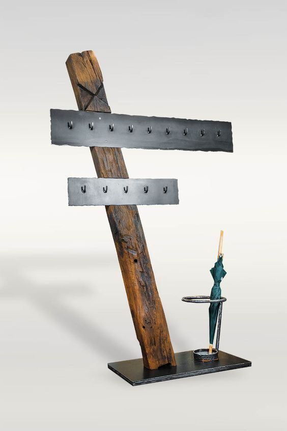 Garderobe aus Altholz / Eisen - Barrique Möbel