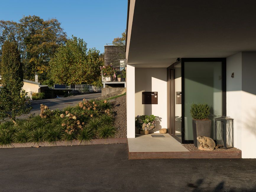 #Einfamilienhaus #Hanghaus # Modern #Edelstahlpool# Luxushaus Mit Pool#  Luxushaus Im Hang