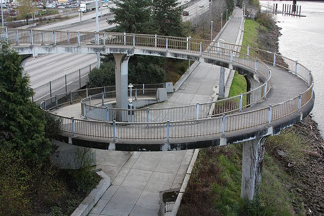 Spiral Path To Esplanade Morrison Bridge Bridge Photos