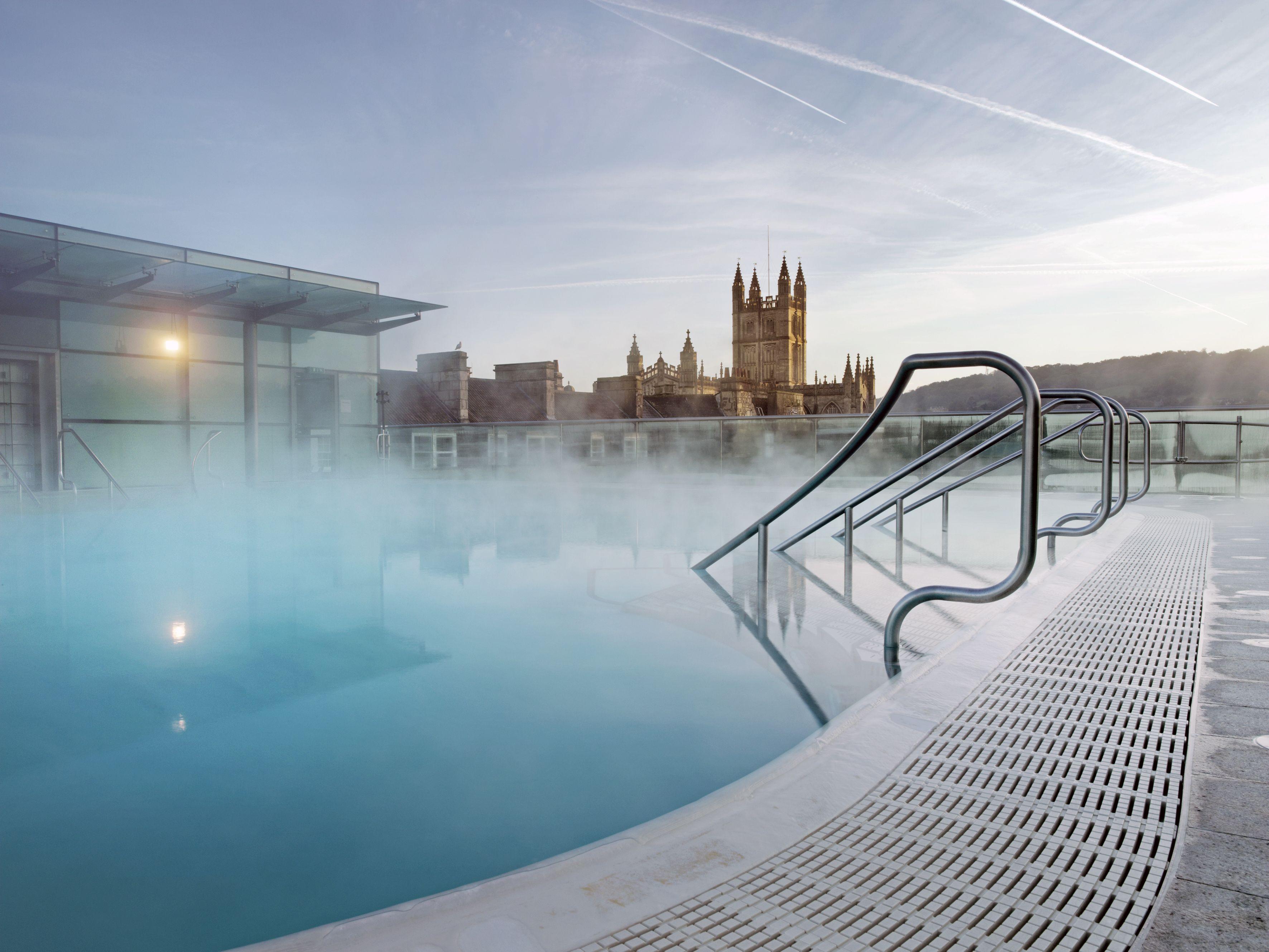 #Bath in #England - wunderbares Reiseziel für ein paar Tage zu zweit  http://blog.goeuro.de/romantische-staedte/