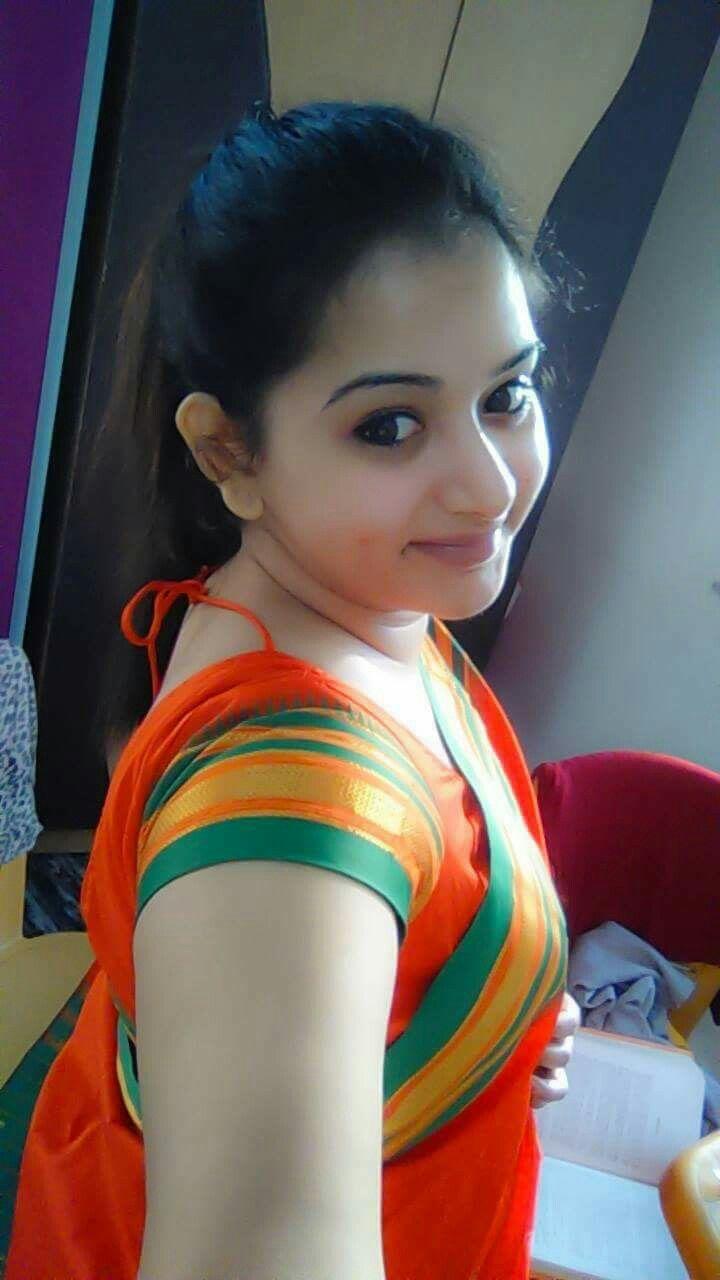 Indian desi girl hot selfie