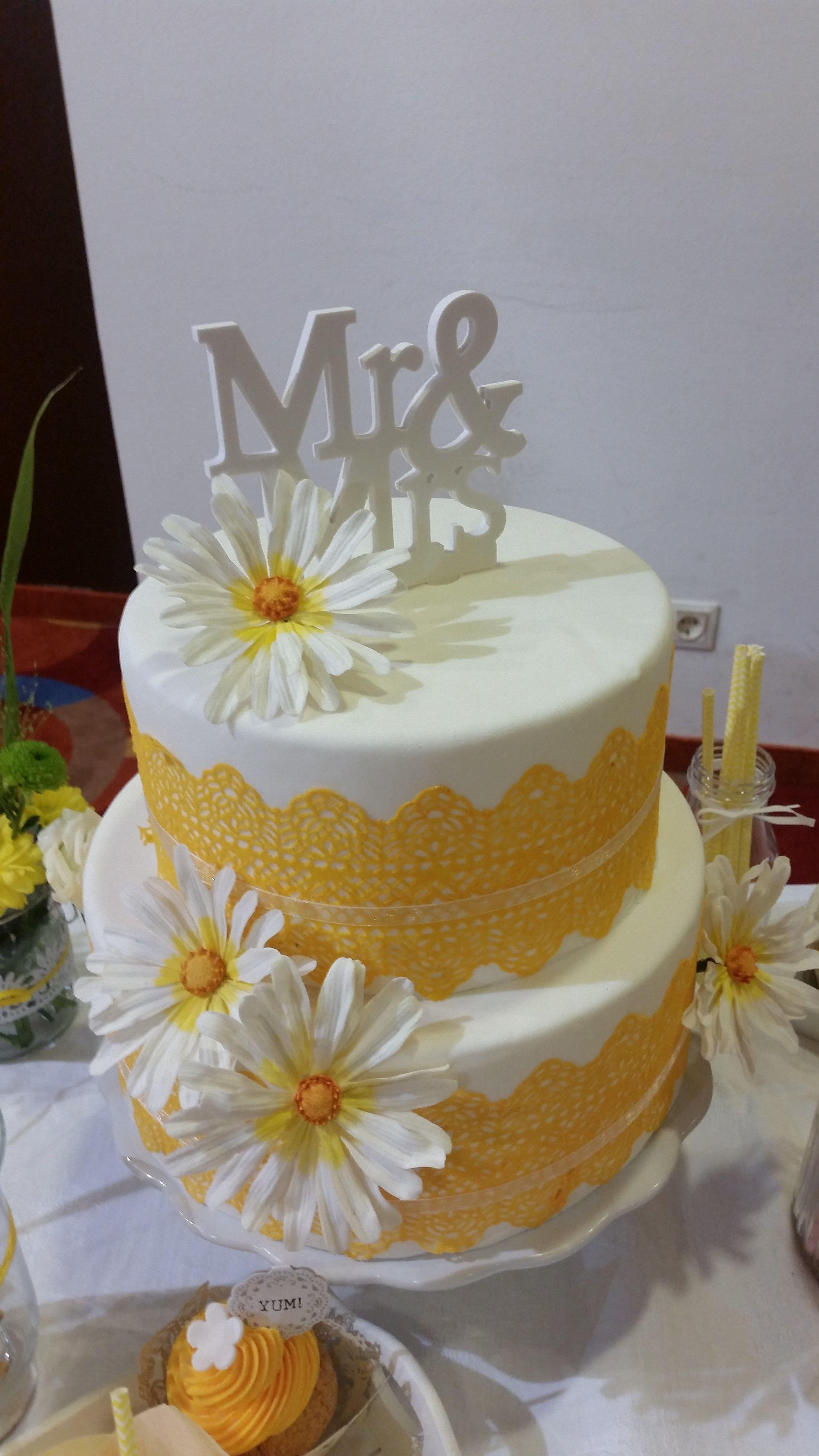 Hochzeitstorte Mit Fondant Mit Zuckerspitze Handgefertigten
