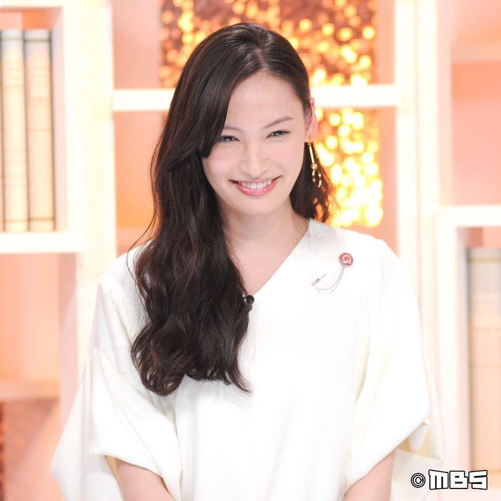 #大政絢 • Instagram寫真と動畫(畫像あり)   大政. 美人 顔. 素敵な人