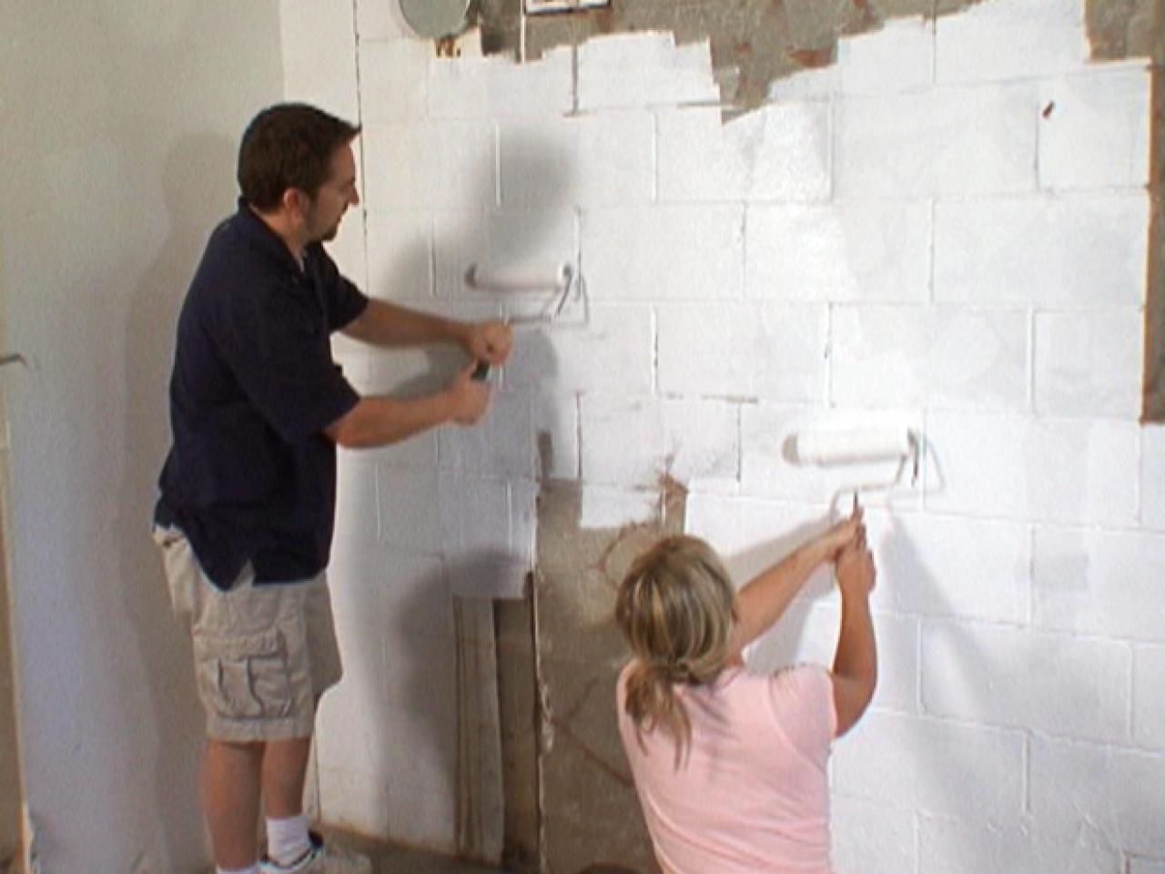 How To Waterproof A Cinderblock Wall Waterproofing Basement Cinder Block Walls Concrete Block Walls