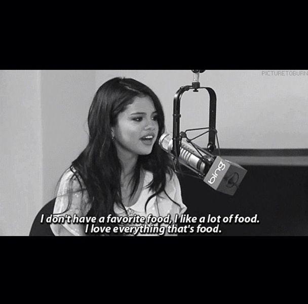 Selena Gomez I like food