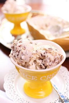 Butter Pecan Ice Cream Recipe No Machine Needed One Dish Kitchen Recipe Butter Pecan Ice Cream Pecan Ice Cream Butter Pecan Ice Cream Recipe