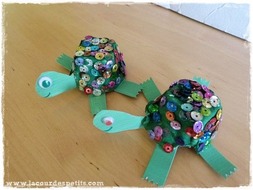 bricolage tortue en bo te oeufs tortue maternelle et bricolage. Black Bedroom Furniture Sets. Home Design Ideas