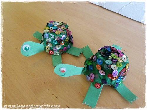 bricolage tortue en bo te oeufs les tortues pinterest tortue maternelle et bricolage. Black Bedroom Furniture Sets. Home Design Ideas