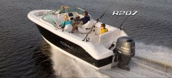 New 2013 - Robalo Boats - R2070