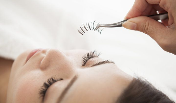 8 eyelash serums that will make your lashes look better