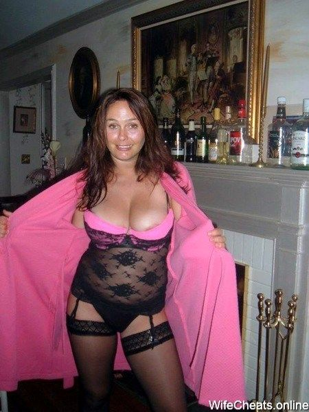 Amateur Cougar Milfs From Online Dating Sites Still -9577