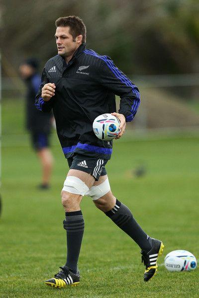 Richie Mccaw Photos - New Zealand All Blacks Training Session - Zimbio