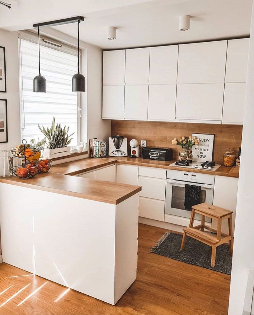 """@cozyhomeshots shared a photo on Instagram: """"Hello🙌 Loving the synergy of clean white and warm wood in this beautiful kitchen of @karolina_niznik🧡 Wishing you all a tasty Tuesday🤗…"""" • Apr 28, 2020 at 9:06am UTC"""