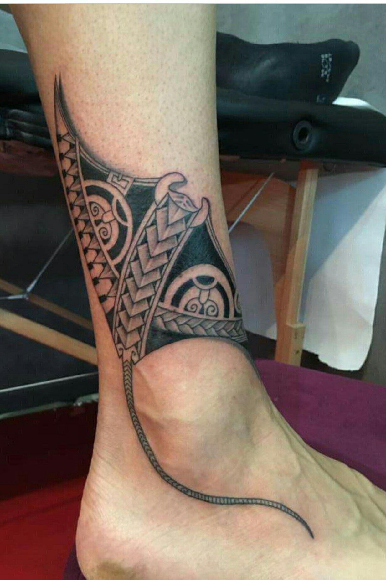 Polynesian Tribal Tattoo Of Stingray Above Ankle Tribal Tattoos Tattoos Sleeve Tattoos