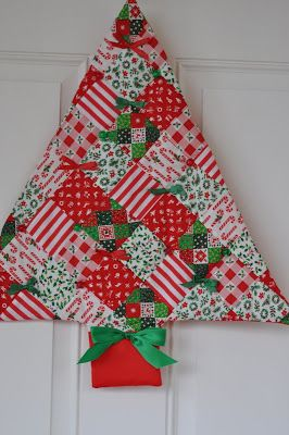 Pleasant Home Vintage Christmas Tree Wallhanging Fabric Christmas Trees Christmas Patchwork Christmas Quilt Patterns