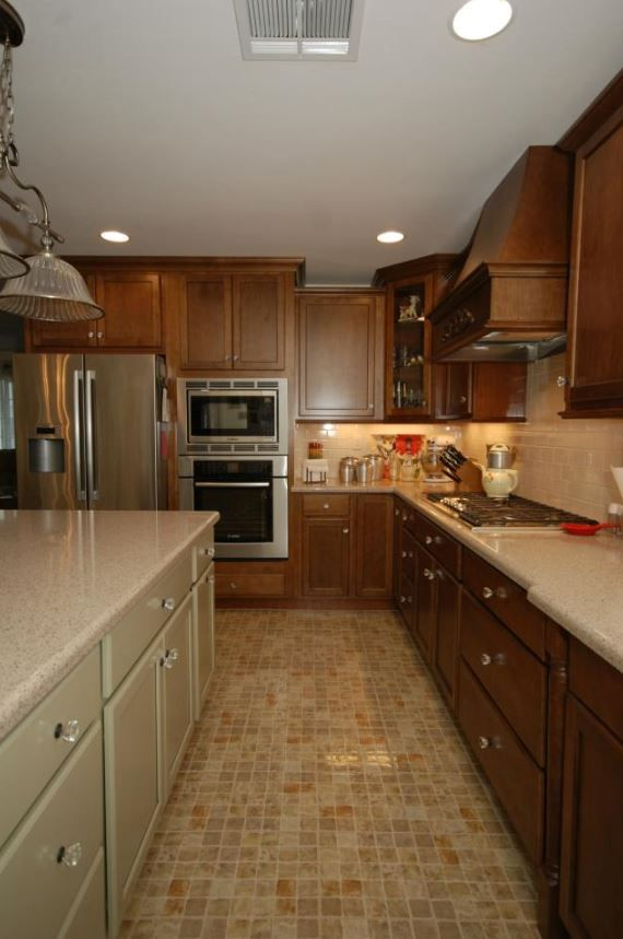 with software kitchens painting cabinets cherry remarkable white dimensions lowes oak countertops cabinet kraftmaid granite pictures great design pantry kitchen decor wood colors magnificent
