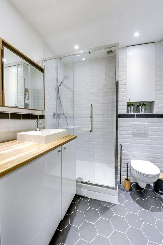 Appartement paris 12 50 m2 r nov s pour un couple avec for Carrelage salle de bain paris