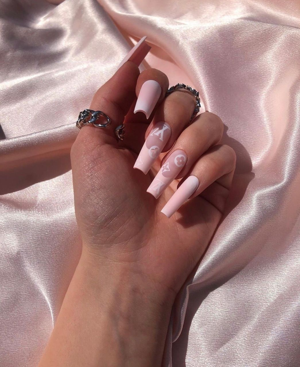 Image about pink in nail inspo 💅🏻 by Paloma🦋🤍♡
