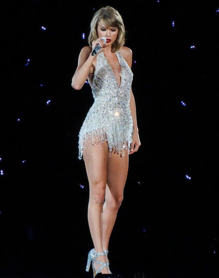 Pin by Blue Sky on Pretty (With images)   Taylor swift