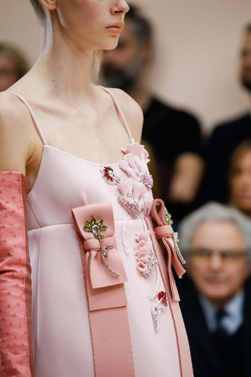 Prada fall / winter 2015    Haute Couture blog :)