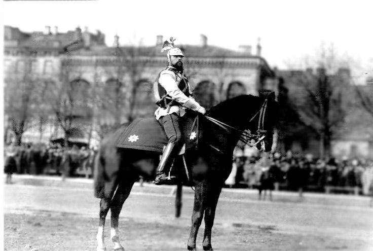 актуальная полковые фотографии конной гвардии в с петербурге уместны легкие