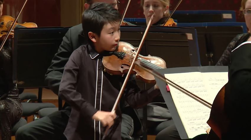 Christian Li Plays Antonio Vivaldi S Concerto No 2 In G Minor L Estate Summer From The Le Quattro Stagioni The Four Seasons Vivaldi Orchestra Competition