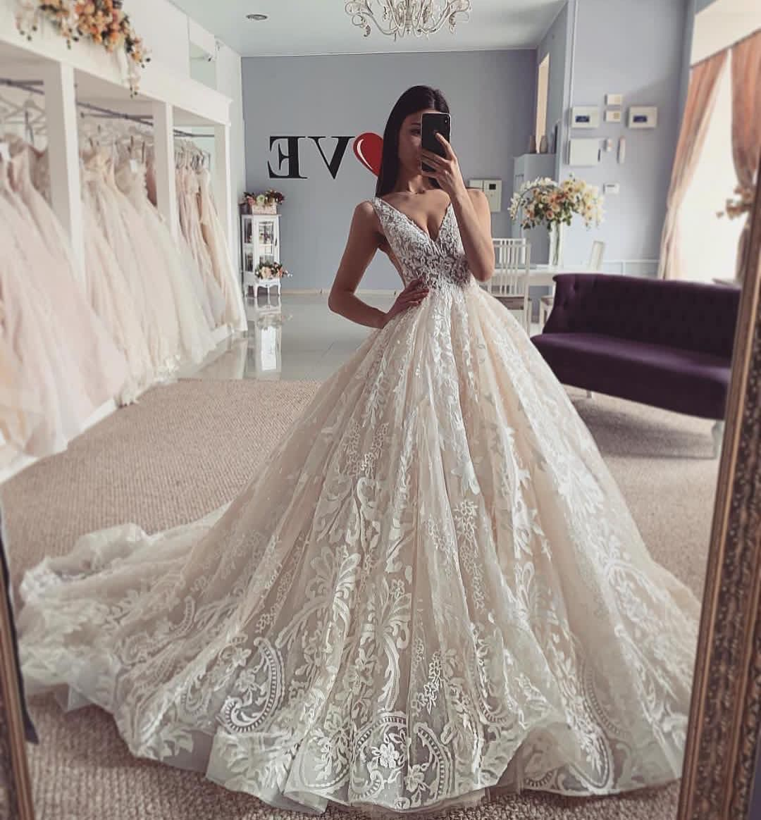 Haute Couture Inspiration On Instagram Bridal Dress Pick Your Best Bride Style 1 2 3 Ball Gown Wedding Dress Ball Gowns Wedding Women Wedding Guest Dresses [ 1164 x 1080 Pixel ]