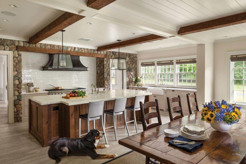 New England Colonial Revival Farmhouse Farm style