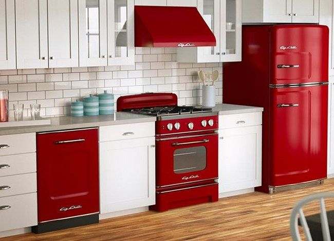 20 Modern Kitchens With Cool Retro Appliances Retro Kitchen Appliances Retro Kitchen Red And White Kitchen