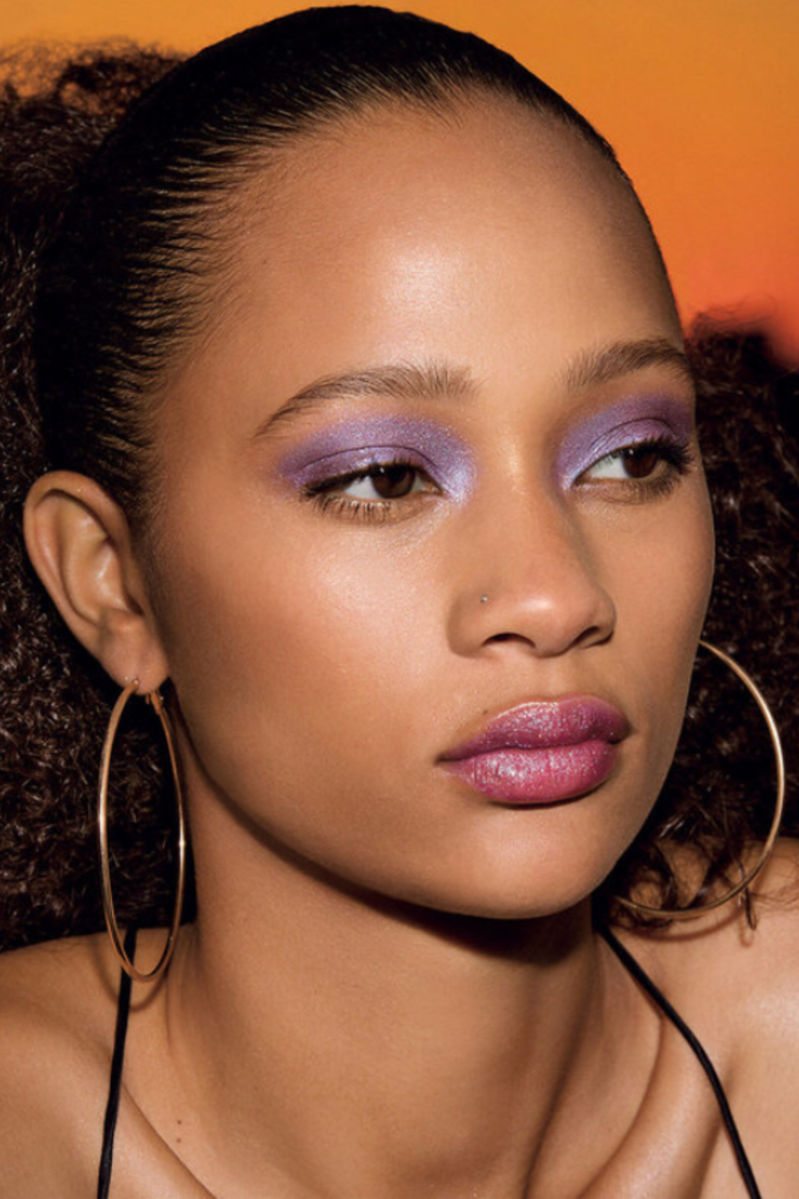 The 90s Lip Gloss Trend Bella, Rihanna and Emily Ratajkowski Are Obsessed With