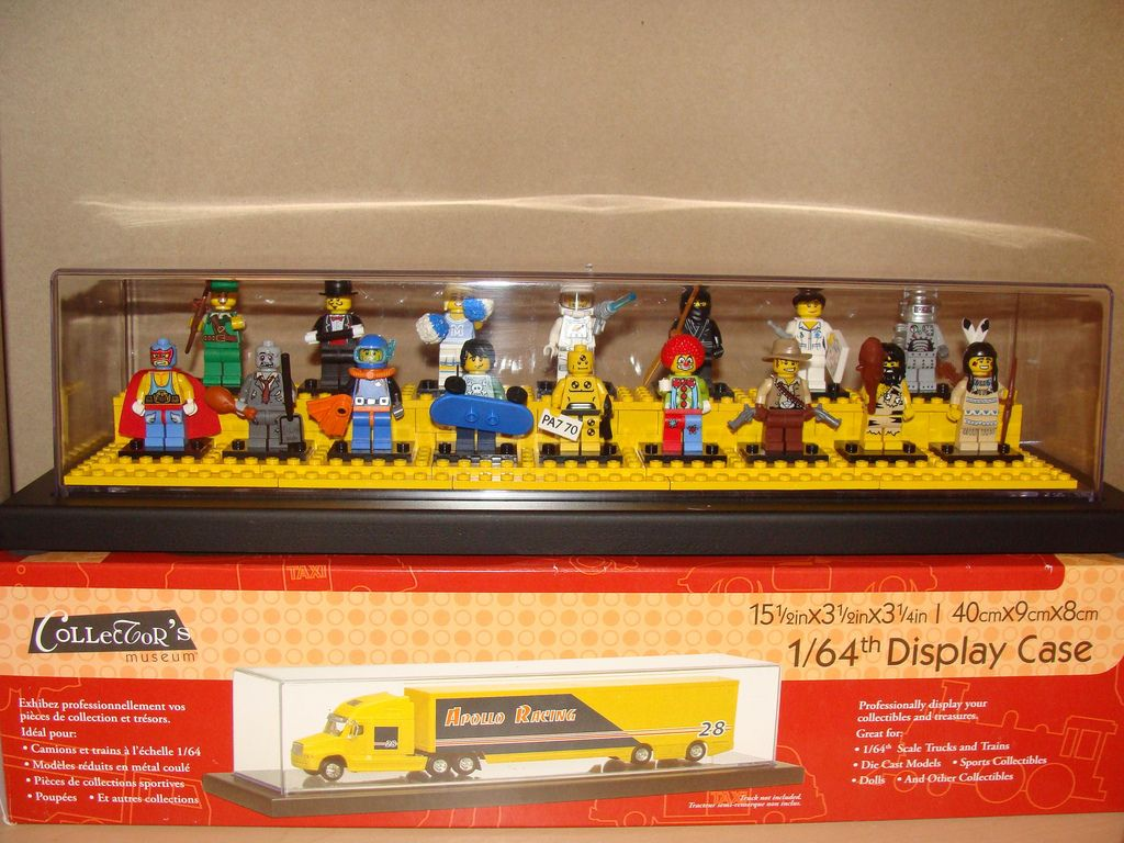 LEGO Collectible Minifigures Series 1 Display Case and Box | Legos