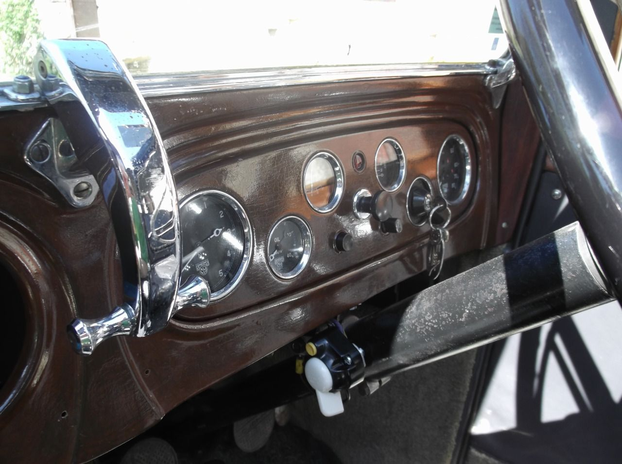 Dash of 1932 Austin 16/6 Berkeley, the one on my 12.8 York was the same