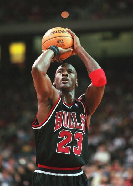 60 Principais Fotografias E Imagens De Chicago Bulls 90 S Getty Images Michael Jordan Basquete Michael Jordan Basquete Fotos