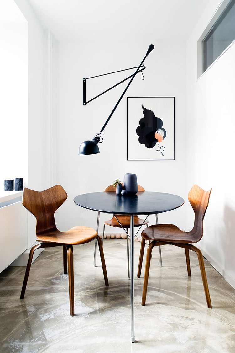 A Cool Way To Light A Dining Room Without A Ceiling Light Dining Room Small Interior Dining Room Design