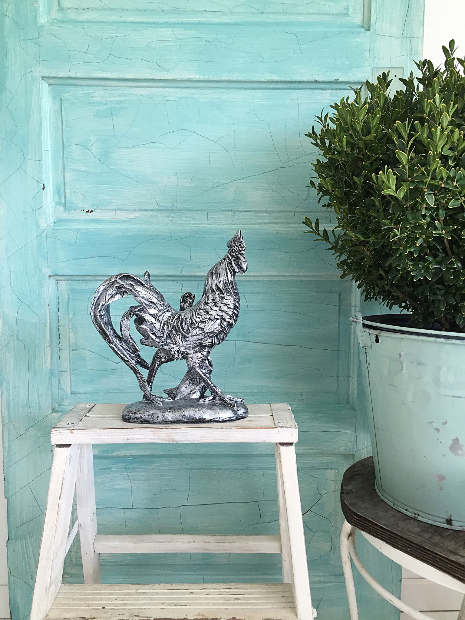 silver rooster is an original art piece hand painted with many